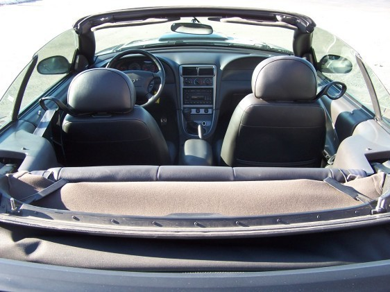 Click image for larger version  Name:04 gt seats.jpg Views:138 Size:65.6 KB ID:21472