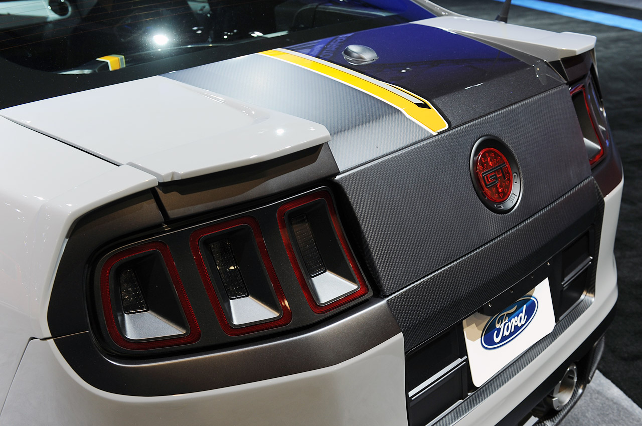 Click image for larger version  Name:18-ring-brothers-2013-mustang-sema.jpg Views:269 Size:285.9 KB ID:154061