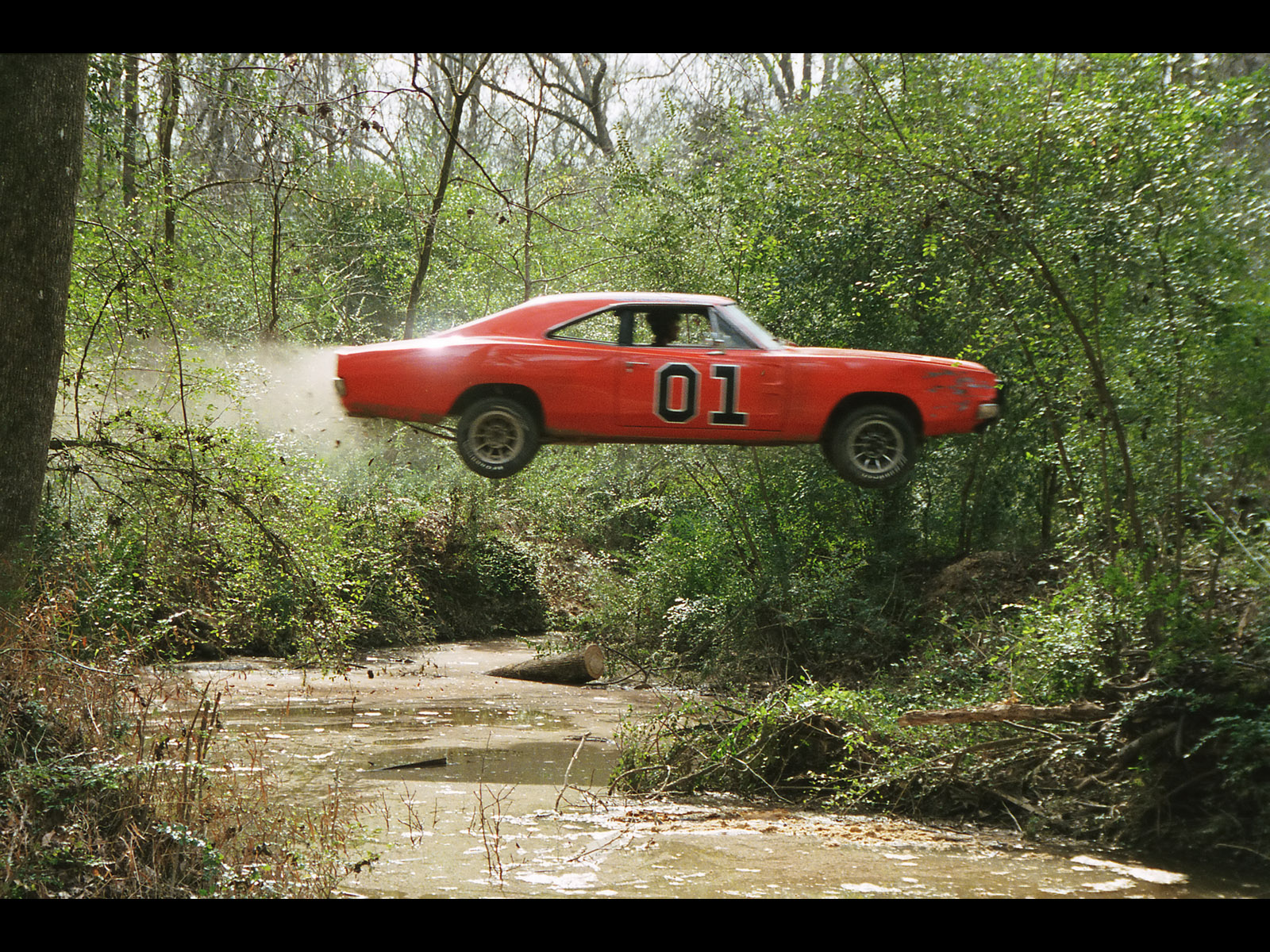 Click image for larger version  Name:1969-Dodge-Charger-General-Lee-DOH-Jump-Swamp-1600x1200.jpg Views:56 Size:867.7 KB ID:31427