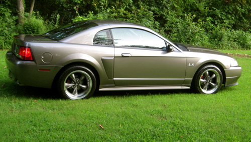 Click image for larger version  Name:2002 GT With New Paint #1.JPG Views:213 Size:107.6 KB ID:20883