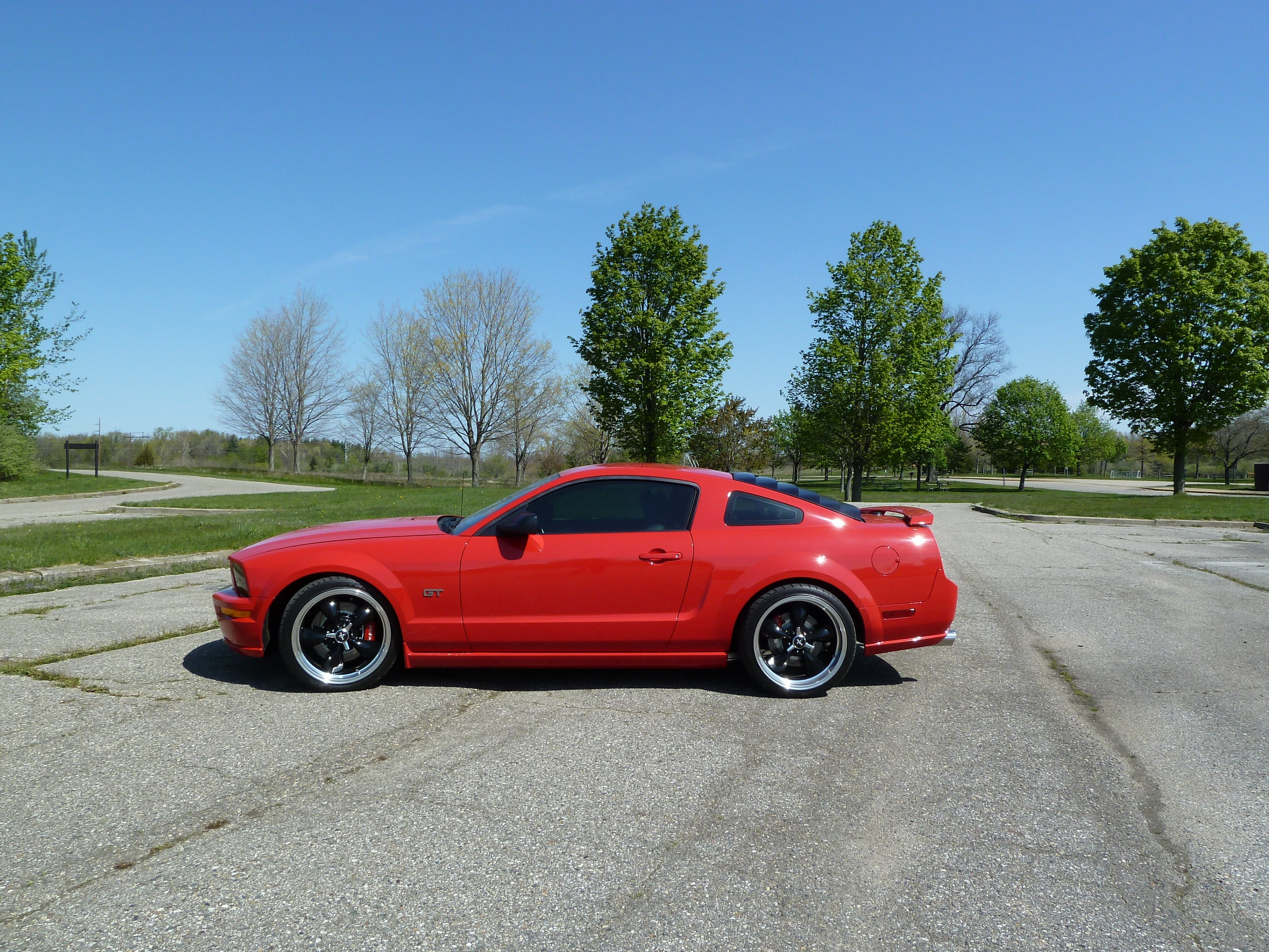Click image for larger version  Name:2007 Mustang P1000219.jpg Views:14660 Size:2.05 MB ID:83216