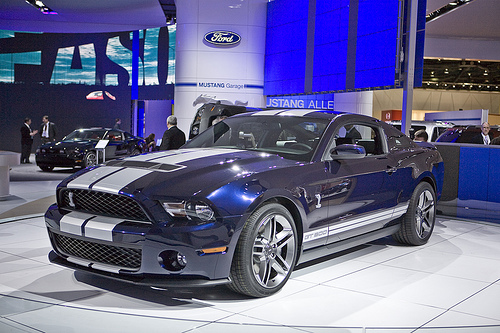 Click image for larger version  Name:2010_ford_shelby_gt500_0_430.jpg Views:444 Size:128.9 KB ID:24583