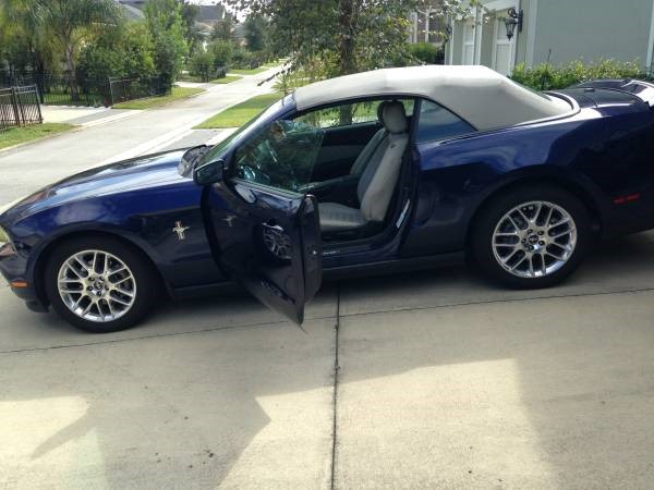 Click image for larger version  Name:2012 Mustang.jpg Views:36 Size:58.7 KB ID:169311