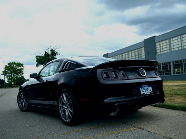 Click image for larger version  Name:-2013-Roush-Ford-Mustang-Rs-16-611x458.jpeg Views:2674 Size:58.7 KB ID:67203