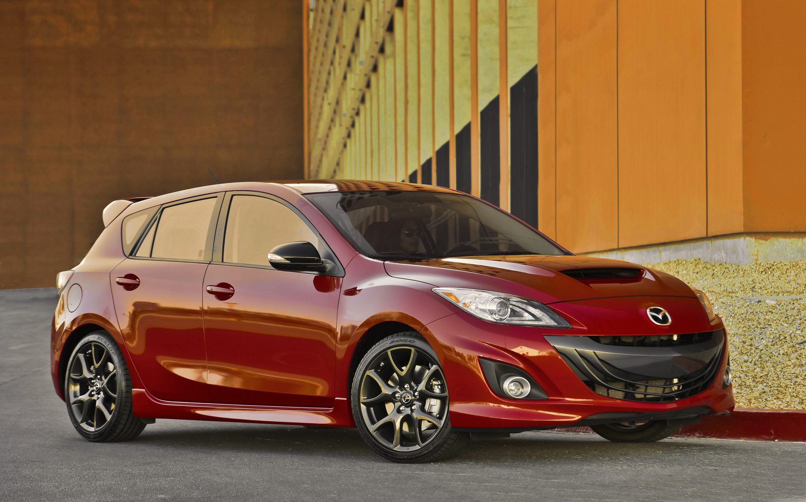 Click image for larger version  Name:2013_mazda_mazdaspeed3-pic-5162116543432052935.jpeg Views:205 Size:600.2 KB ID:183552