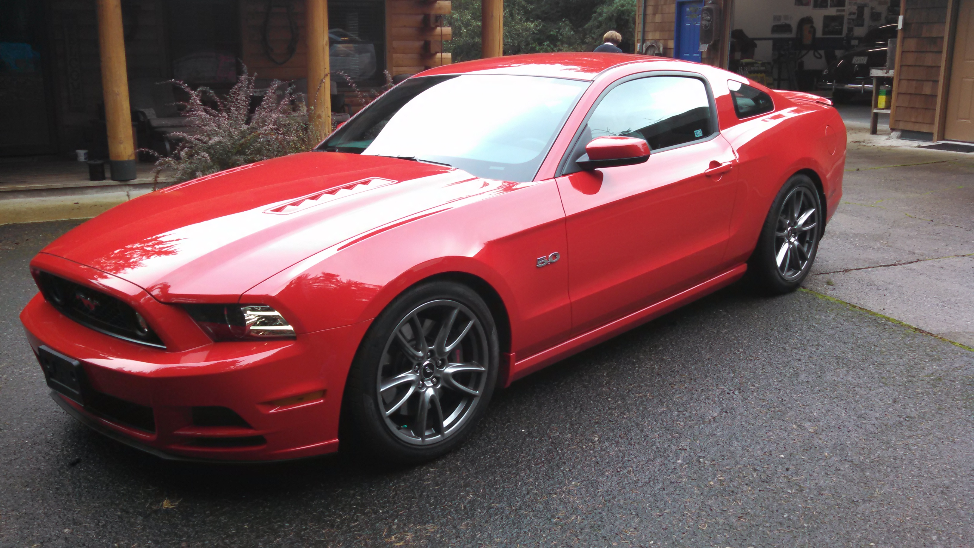 Click image for larger version  Name:2014 MustangGT.jpg Views:1107 Size:1.71 MB ID:177916