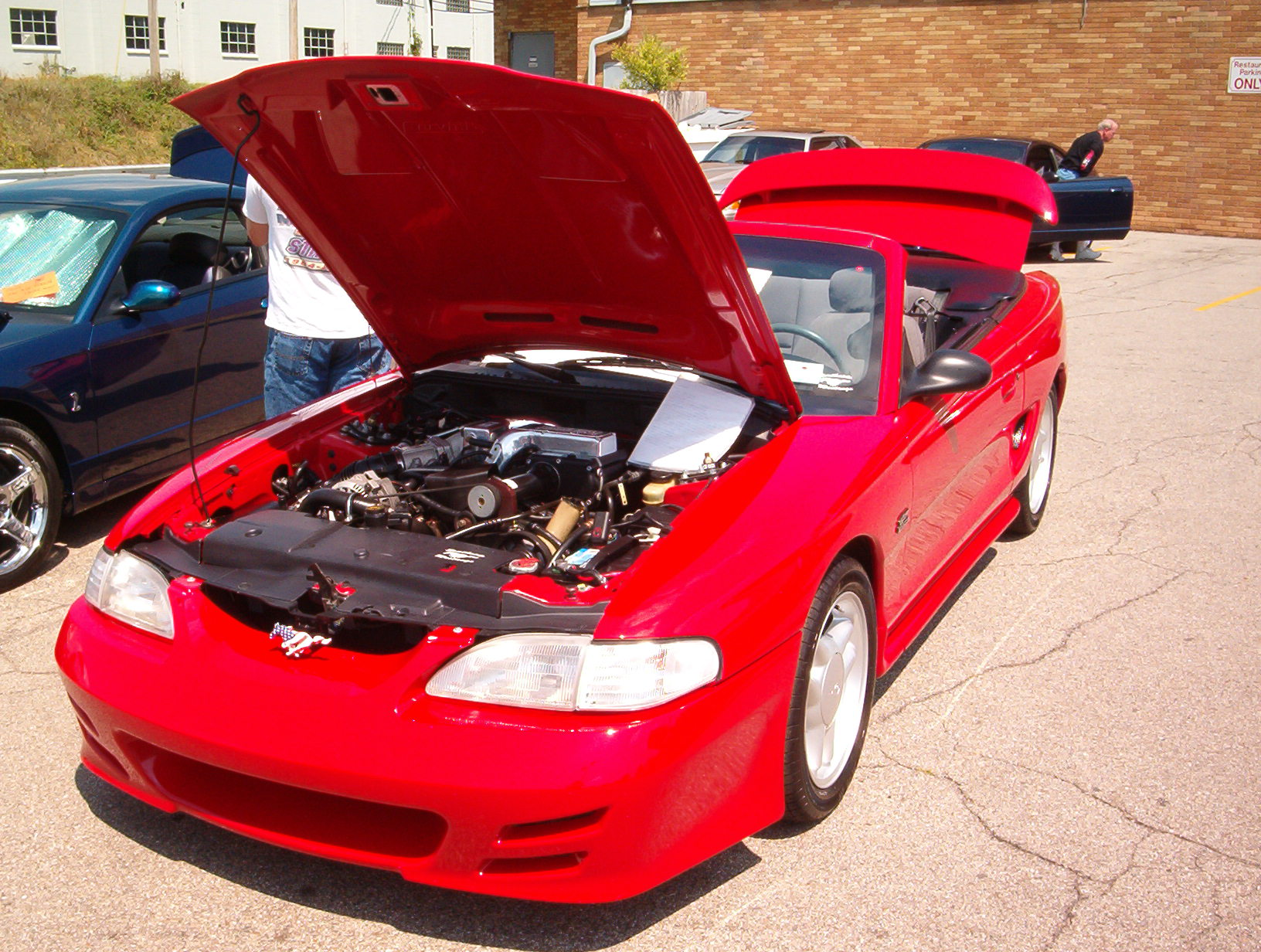 Click image for larger version  Name:8-21-04 car show 017.jpg Views:61 Size:447.2 KB ID:9665