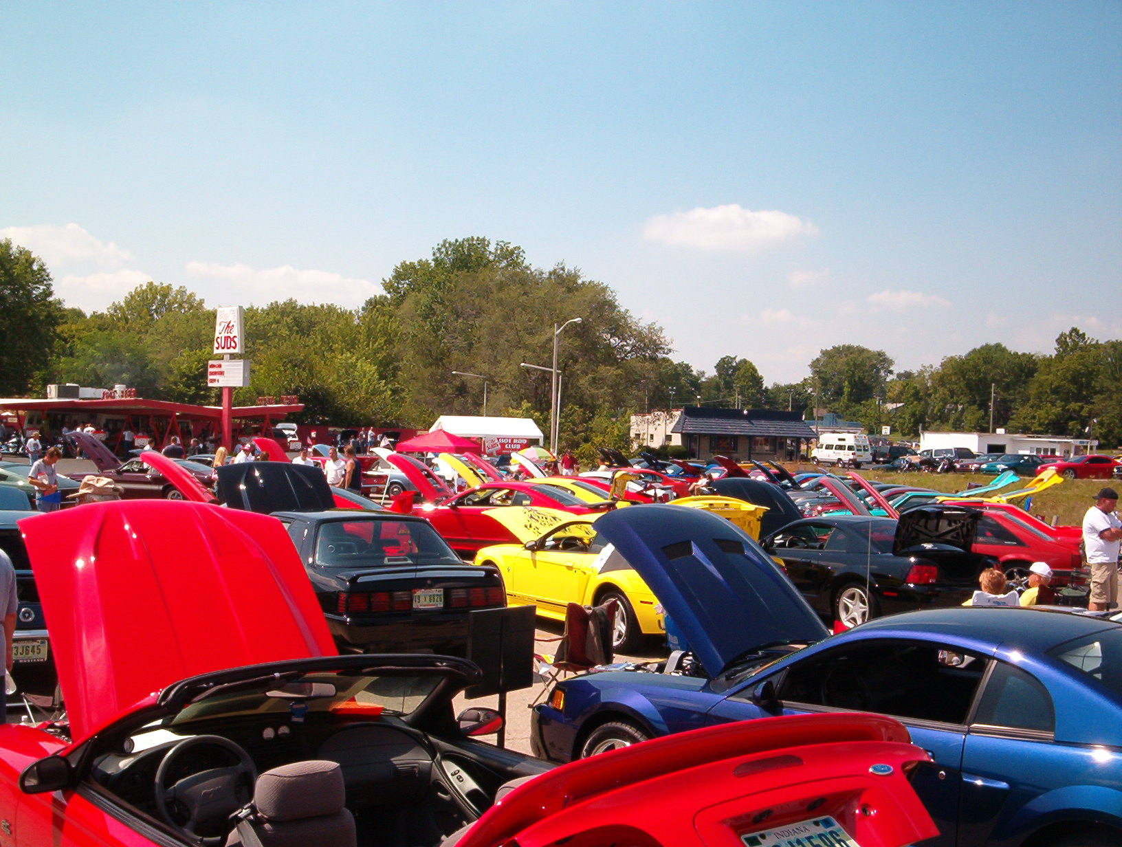 Click image for larger version  Name:8-21-04 car show 018.jpg Views:159 Size:421.5 KB ID:8515
