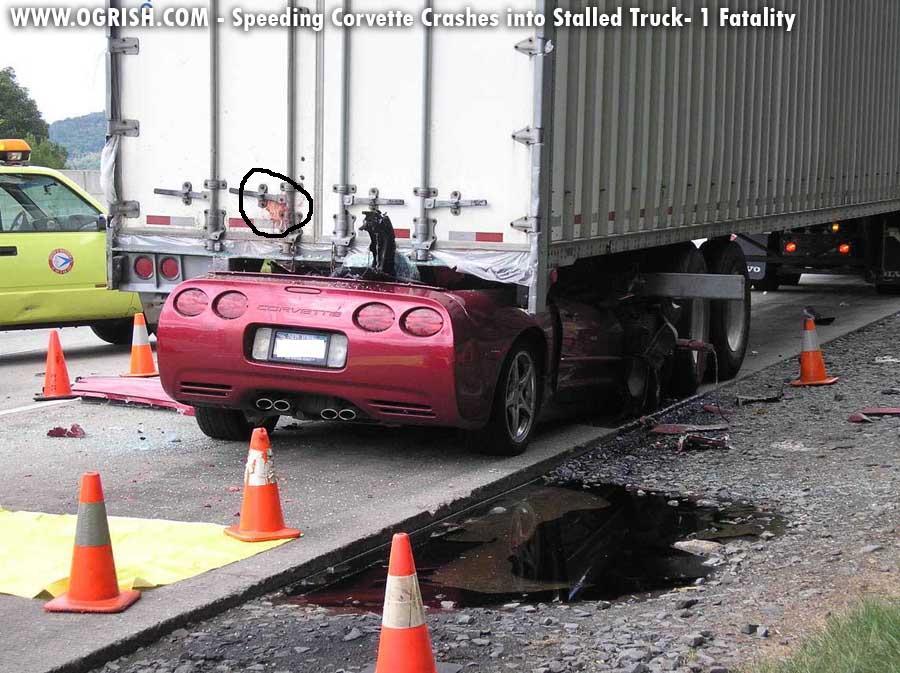 Click image for larger version  Name:corvette_vs_truck12.JPG Views:2611 Size:113.3 KB ID:10564