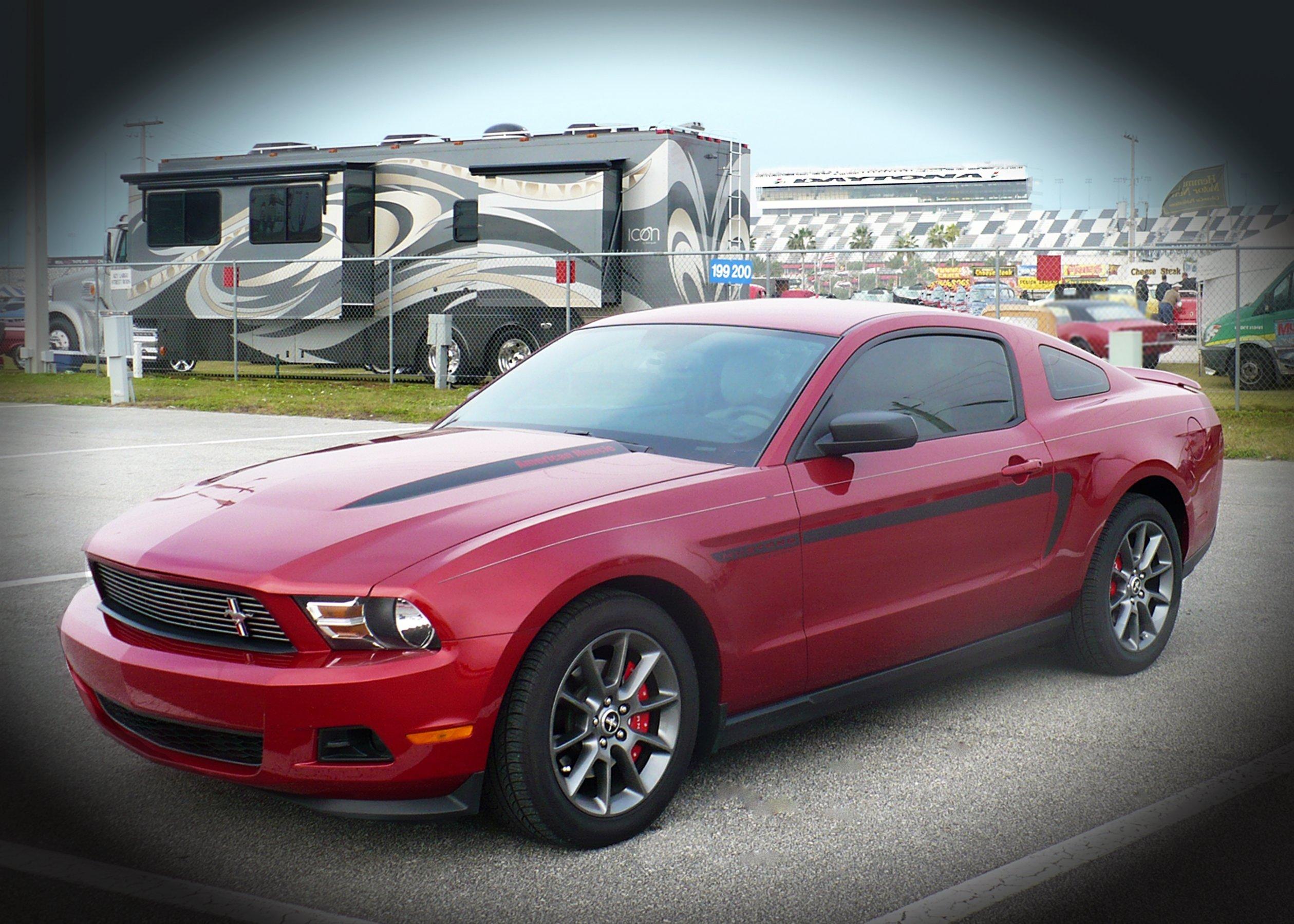 Click image for larger version  Name:Daytona Mustang.jpg Views:41 Size:641.3 KB ID:199419