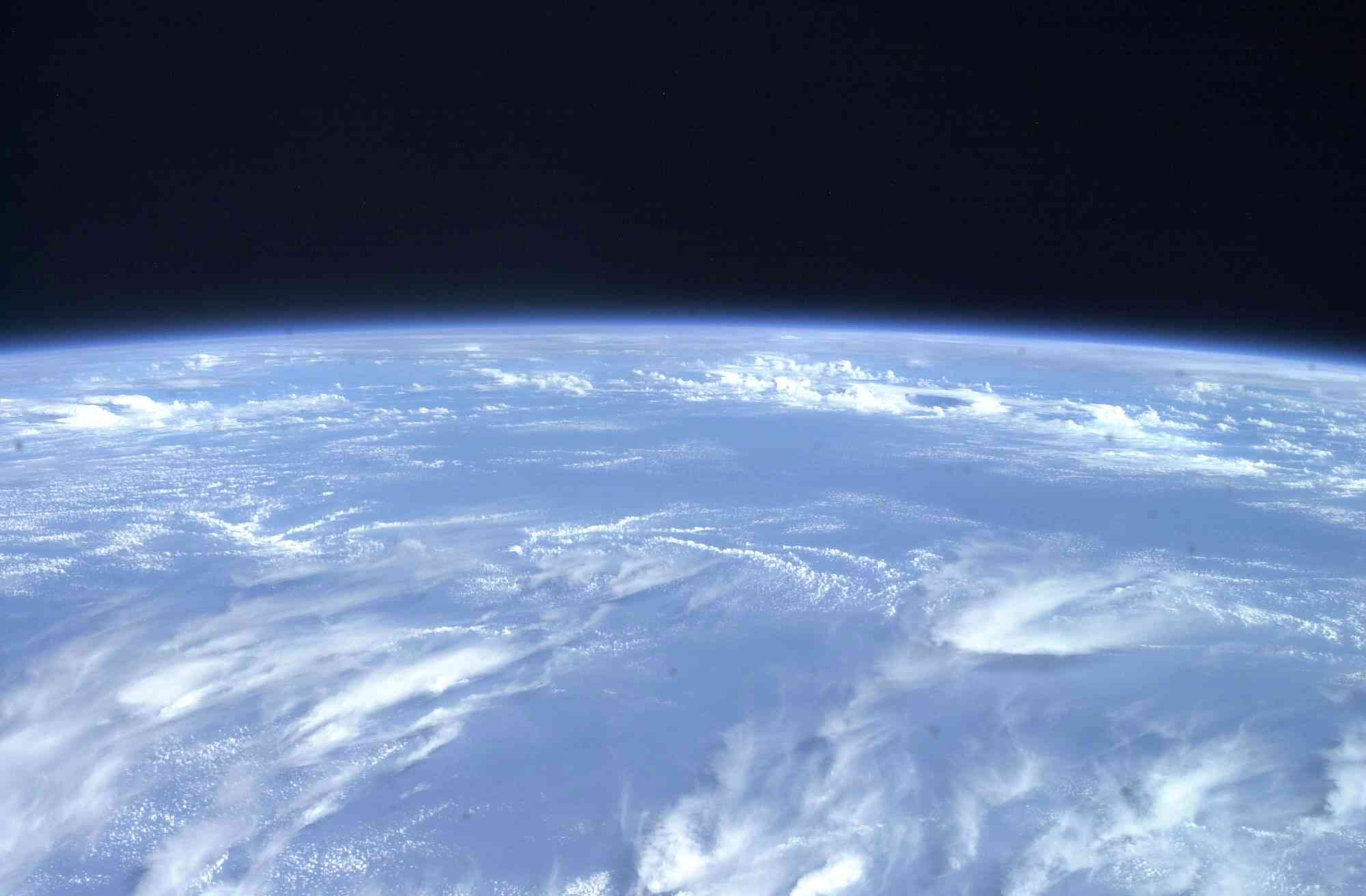 Click image for larger version  Name:Earth_2.jpg Views:124 Size:91.9 KB ID:3678