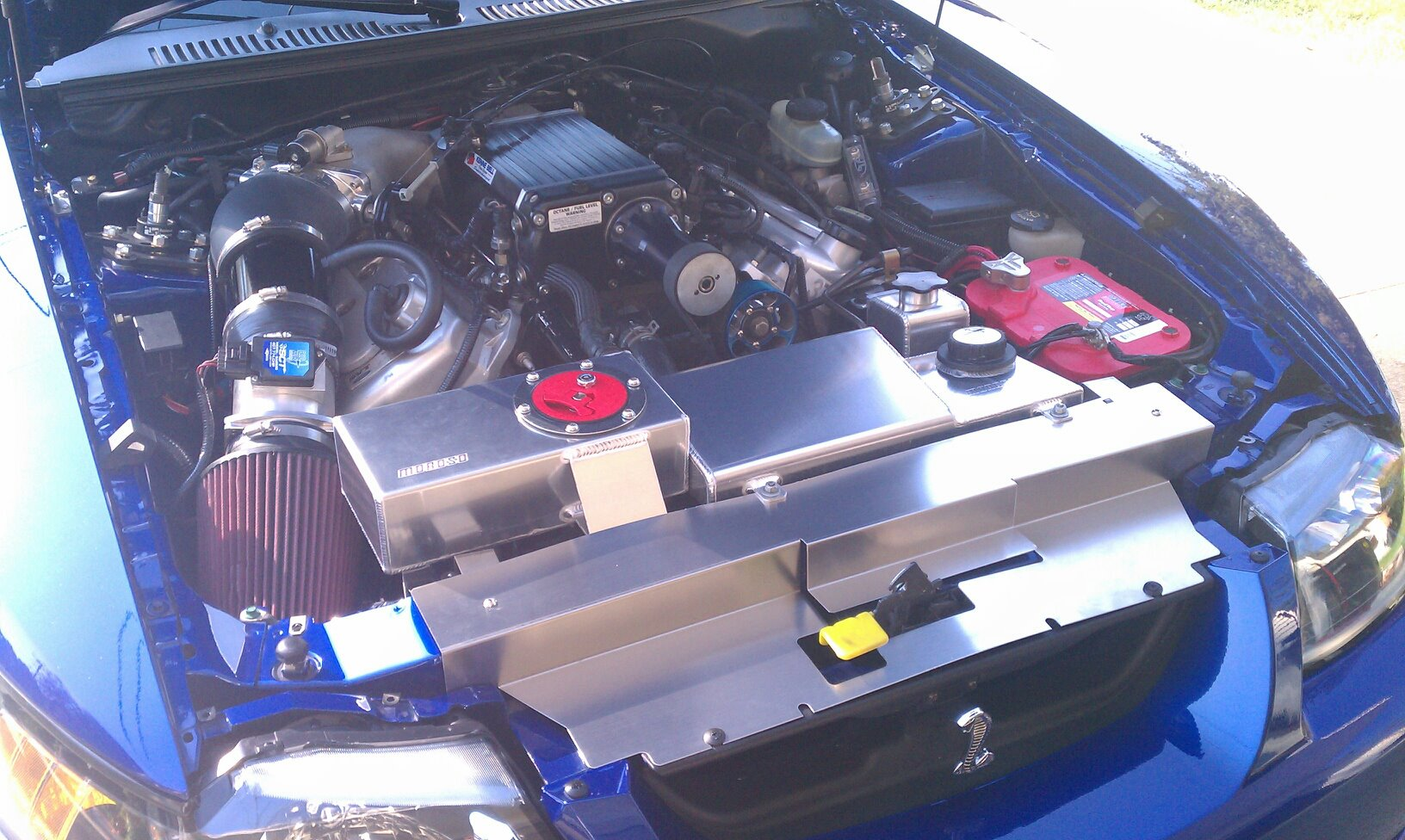 Click image for larger version  Name:engine bay.jpg Views:91 Size:286.3 KB ID:45173
