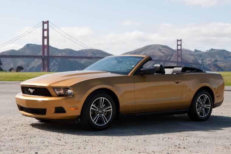 Click image for larger version  Name:Ford_2010_Mustang_807.jpg Views:122 Size:48.4 KB ID:144607