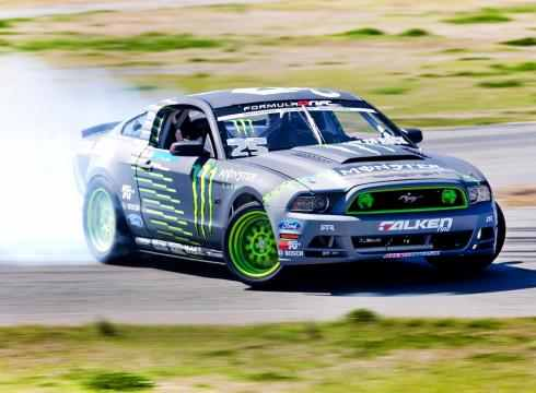 Click image for larger version  Name:Formula-Drift-champion-gets-NASCAR-boost-3818R6BM-x-large.jpg Views:288 Size:18.1 KB ID:75117