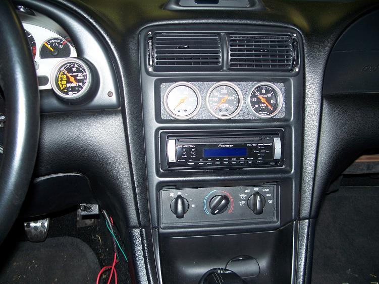 Click image for larger version  Name:gauges.jpg Views:180 Size:98.4 KB ID:150196