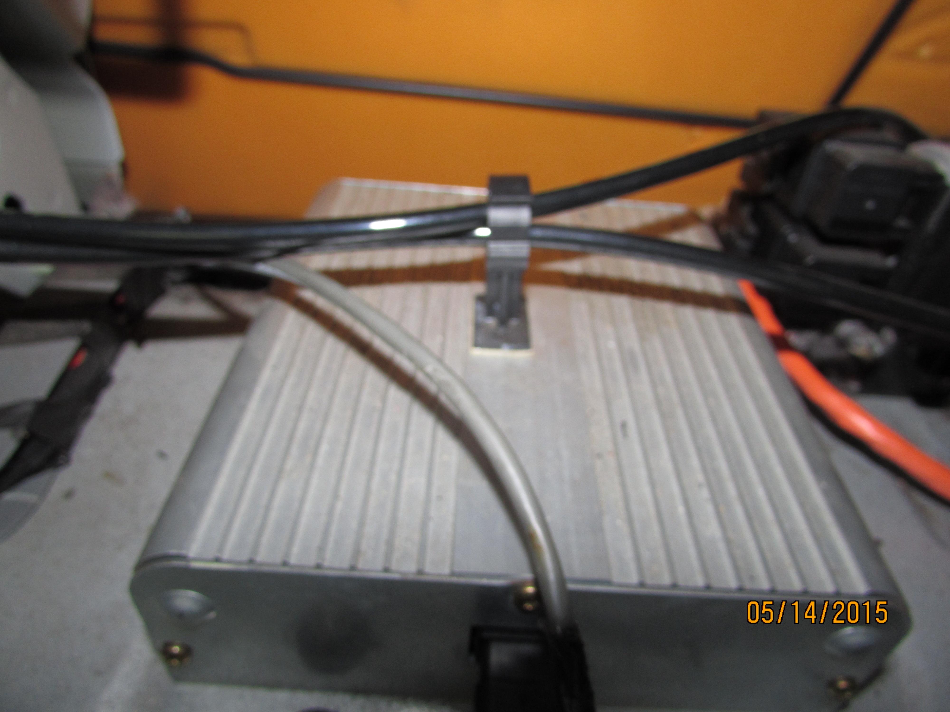 Mach 460 sound problem | Mustang Evolution Forum Mustang Mach Wiring Diagram on mach 460 radio wiring diagram, ford radio wiring diagram, 95 mustang cd player diagram, 1999 f250 wiper diagram, 1937 ford wiring diagram,