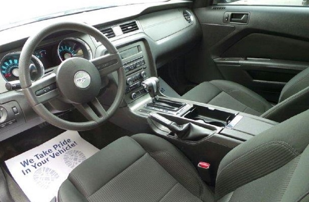 Click image for larger version  Name:interior 6711.jpg Views:89 Size:182.8 KB ID:188103