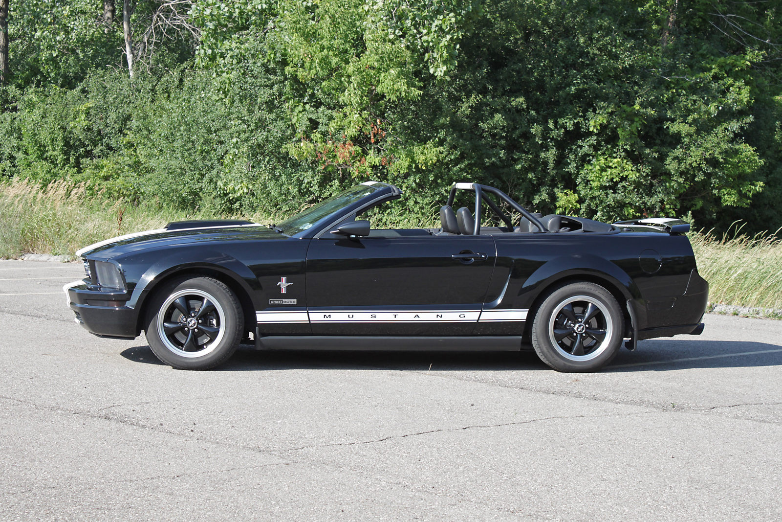 Click image for larger version  Name:Jim Carolan Mustang 5a.jpg Views:68 Size:1.19 MB ID:35810