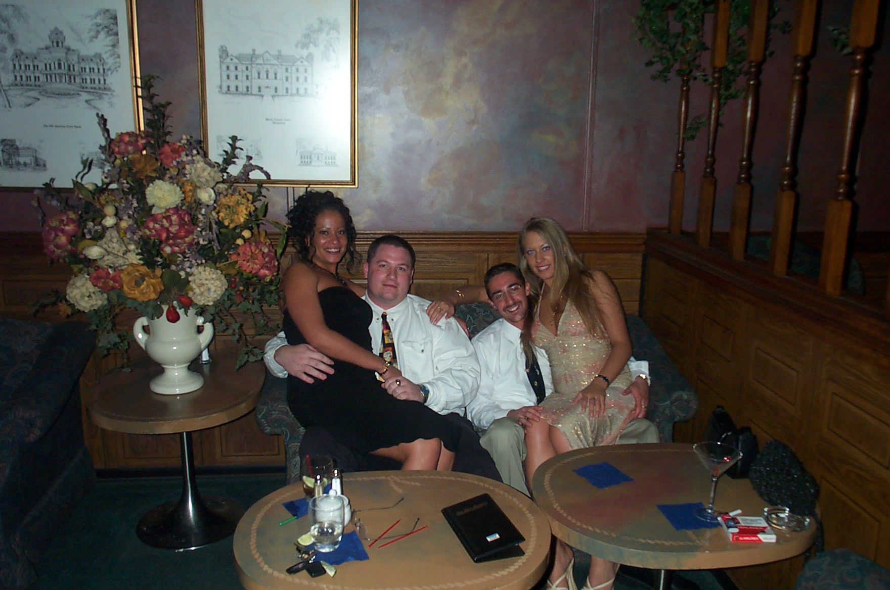 Click image for larger version  Name:Liz, Donna, Chad, Rob 2.JPG Views:277 Size:413.5 KB ID:12774