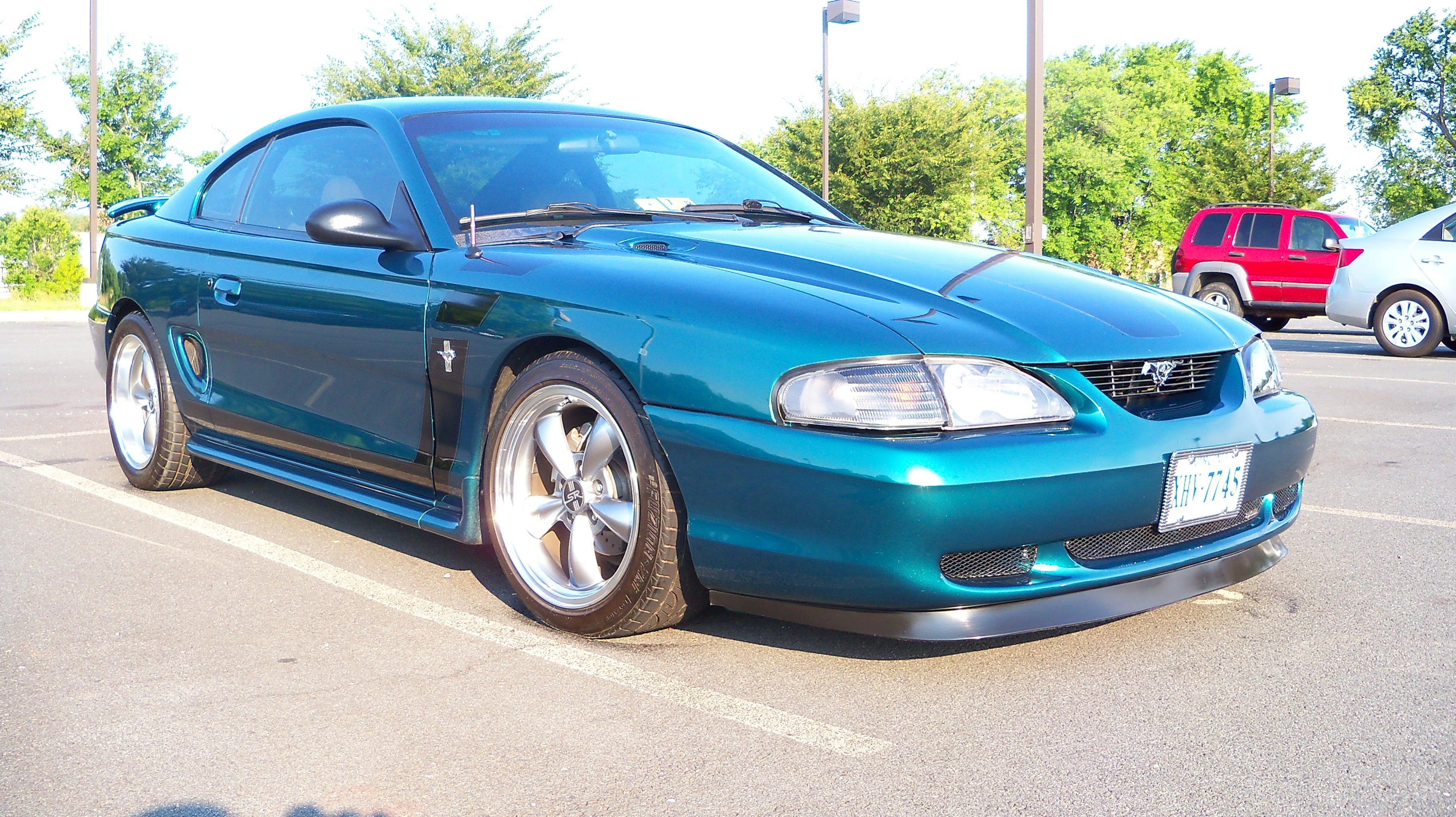 Click image for larger version  Name:Lowering Springs Install 027.jpg Views:100 Size:1.17 MB ID:29785