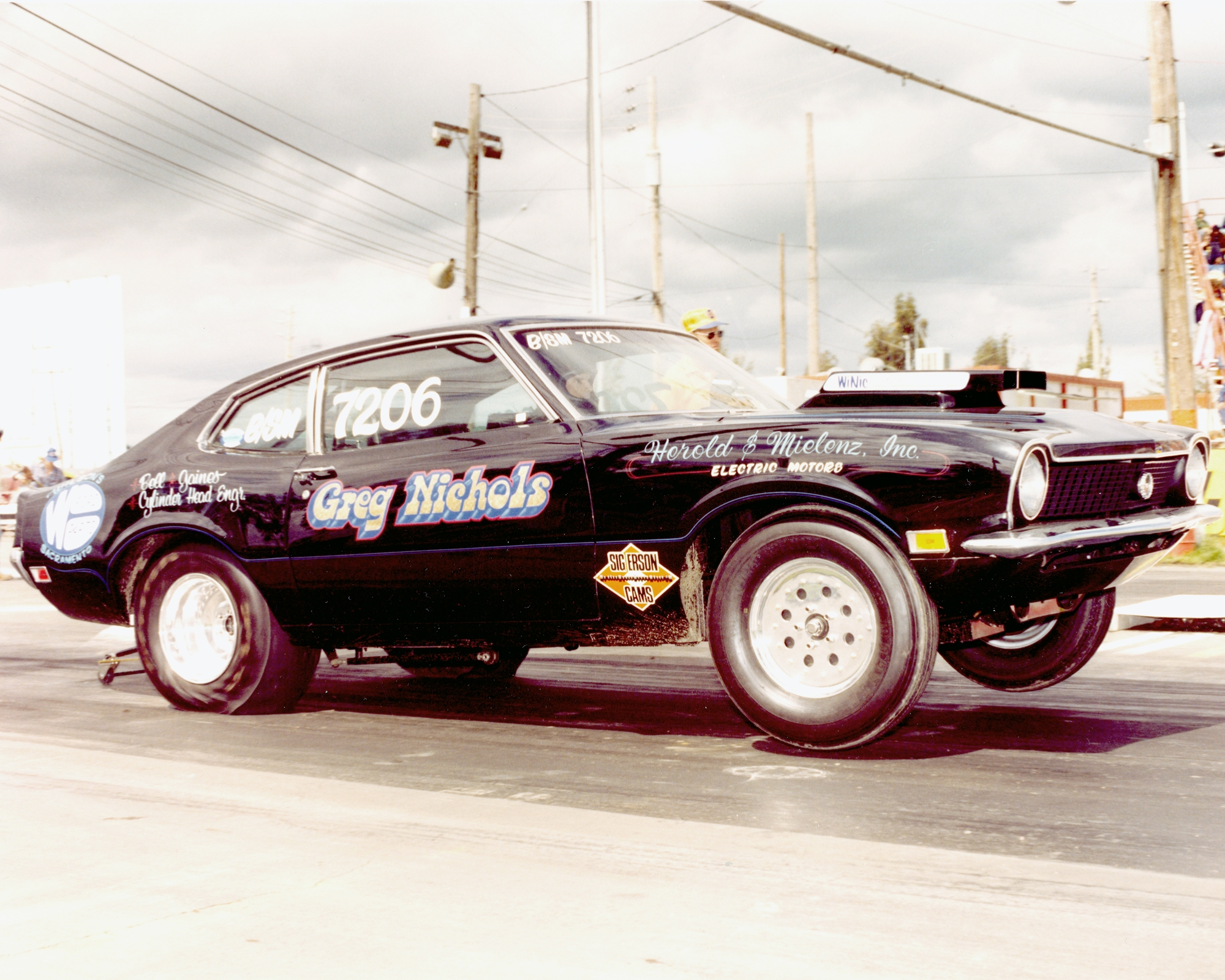 Click image for larger version  Name:Maverick wheel stand.JPG Views:91 Size:1.88 MB ID:198412