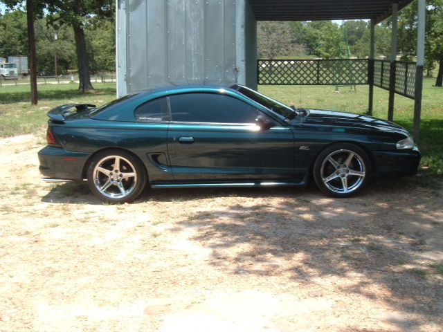 Click image for larger version  Name:Mustang 054.jpg Views:98 Size:83.9 KB ID:9605
