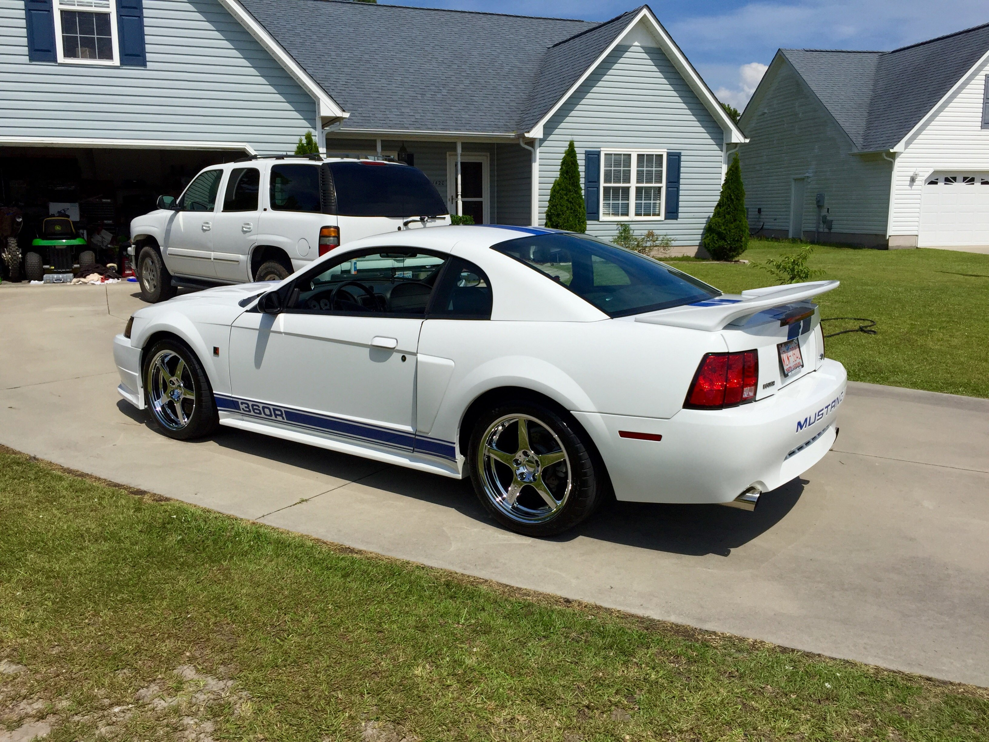 Click image for larger version  Name:Mustang 2.jpg Views:108 Size:1.51 MB ID:205822