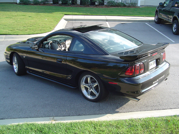 Click image for larger version  Name:Mustang 3.jpg Views:188 Size:307.8 KB ID:3665