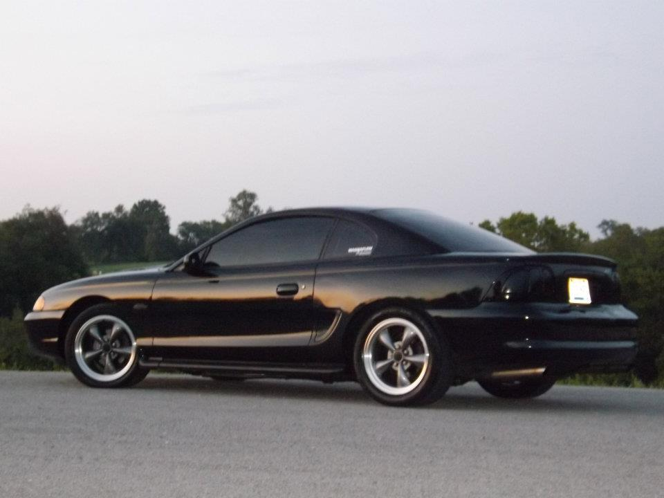 Click image for larger version  Name:mustang pics.jpg Views:241 Size:52.1 KB ID:67244