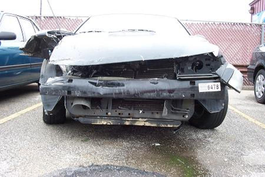 Click image for larger version  Name:mustang wreck 04-30-05 001.jpg Views:79 Size:82.4 KB ID:9571