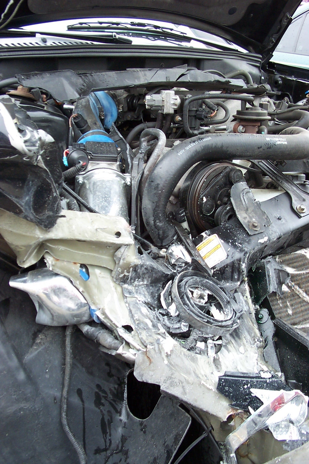Click image for larger version  Name:mustang wreck 04-30-05 006.jpg Views:81 Size:540.4 KB ID:9576