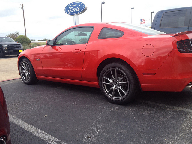 Click image for larger version  Name:mustang1.jpg Views:62 Size:161.2 KB ID:135443