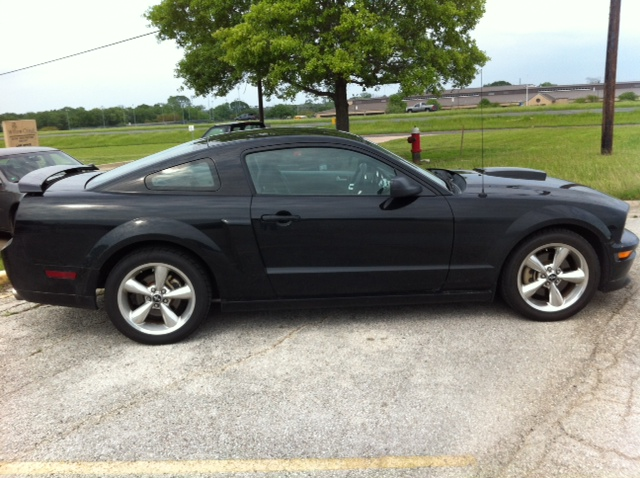 Click image for larger version  Name:Mustang3.JPG Views:511 Size:147.5 KB ID:45758