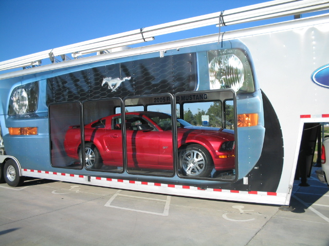 Click image for larger version  Name:o5 mustang trailer..jpg Views:75 Size:174.9 KB ID:805