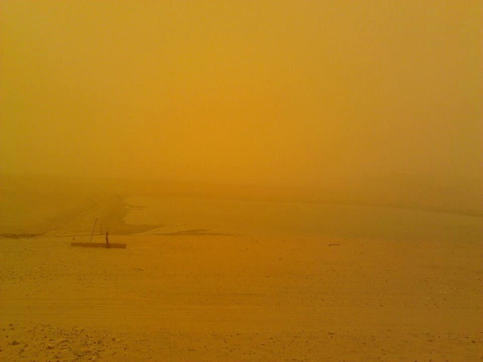 Click image for larger version  Name:sand storm.jpg Views:78 Size:27.7 KB ID:51907