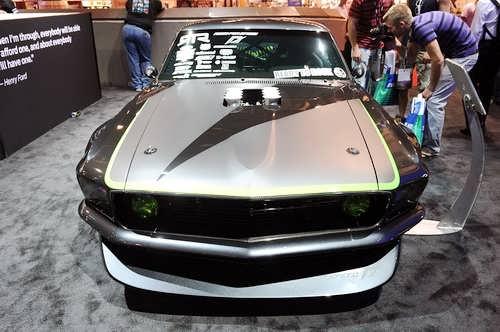 Click image for larger version  Name:SEMA-2010-Vaughn-Gittin-Jr.s-RTR-X-Mustang.jpg Views:649 Size:27.0 KB ID:104640