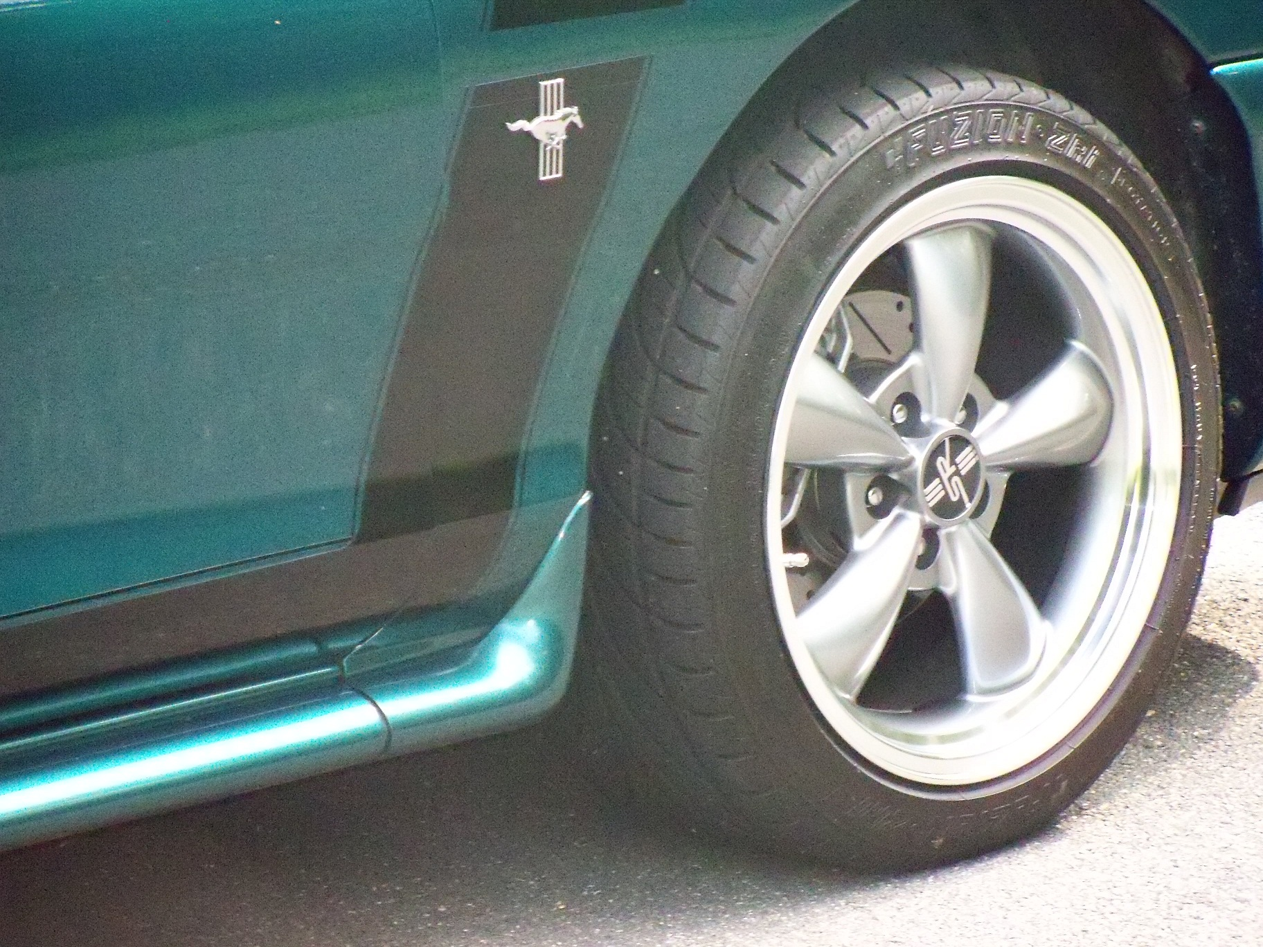 Click image for larger version  Name:small pic of wheel.jpg Views:292 Size:1.19 MB ID:25668