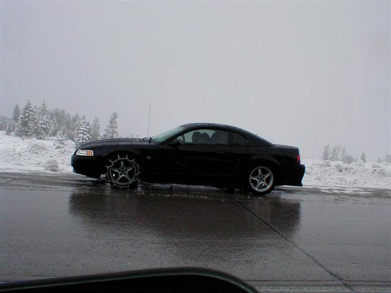 Click image for larger version  Name:snow chains.jpg Views:71 Size:40.4 KB ID:28786