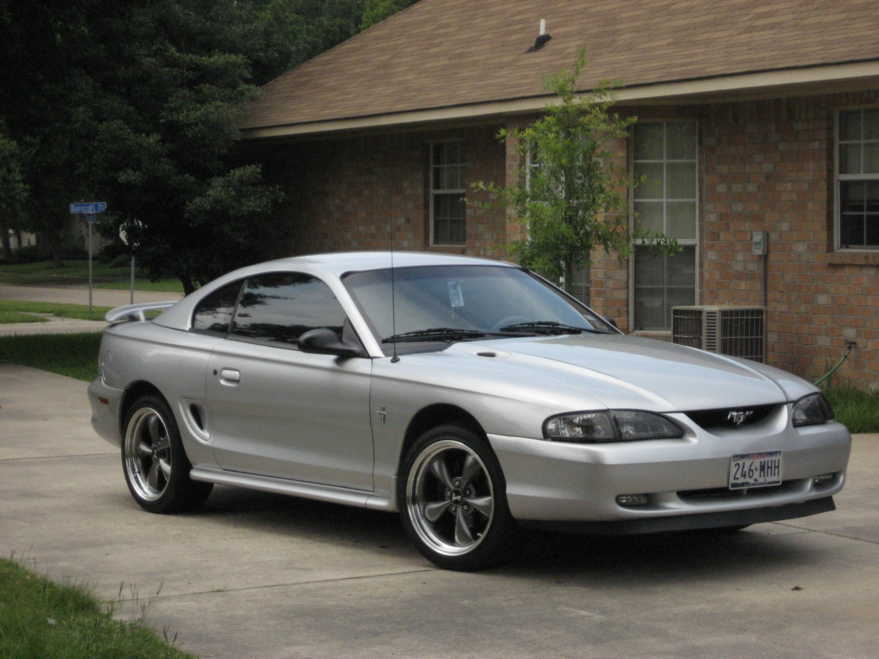 Click image for larger version  Name:stang.jpg Views:147 Size:672.1 KB ID:19539