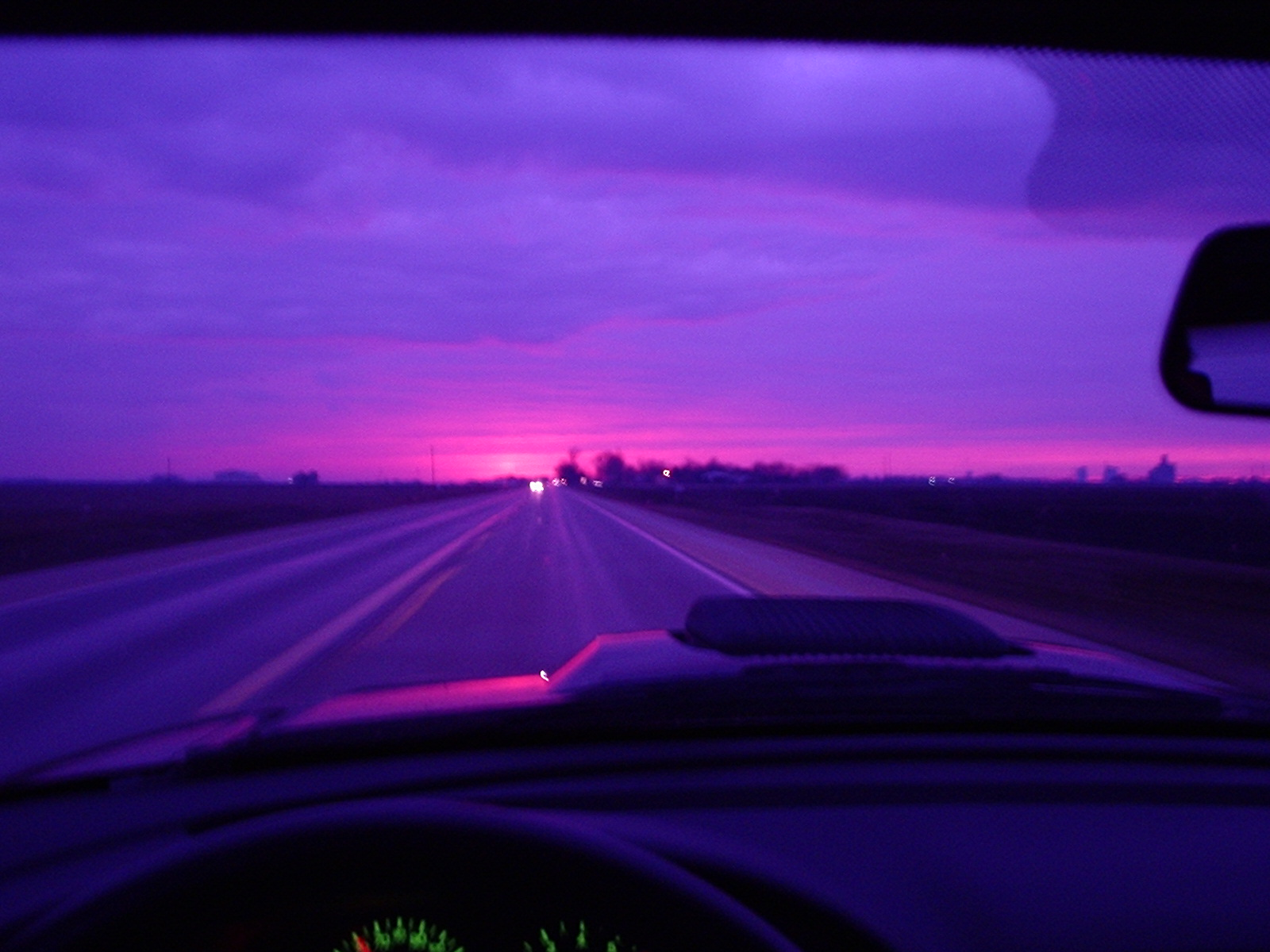 Click image for larger version  Name:sunset2.JPG Views:39 Size:384.2 KB ID:5244