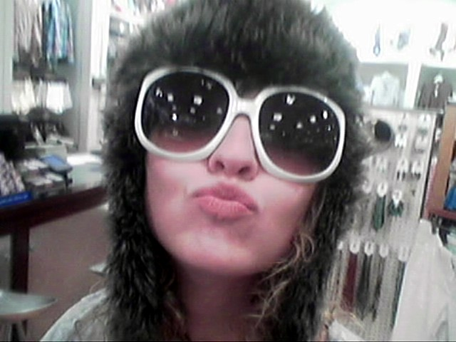 Click image for larger version  Name:uglyglasses.jpg Views:116 Size:65.8 KB ID:14292