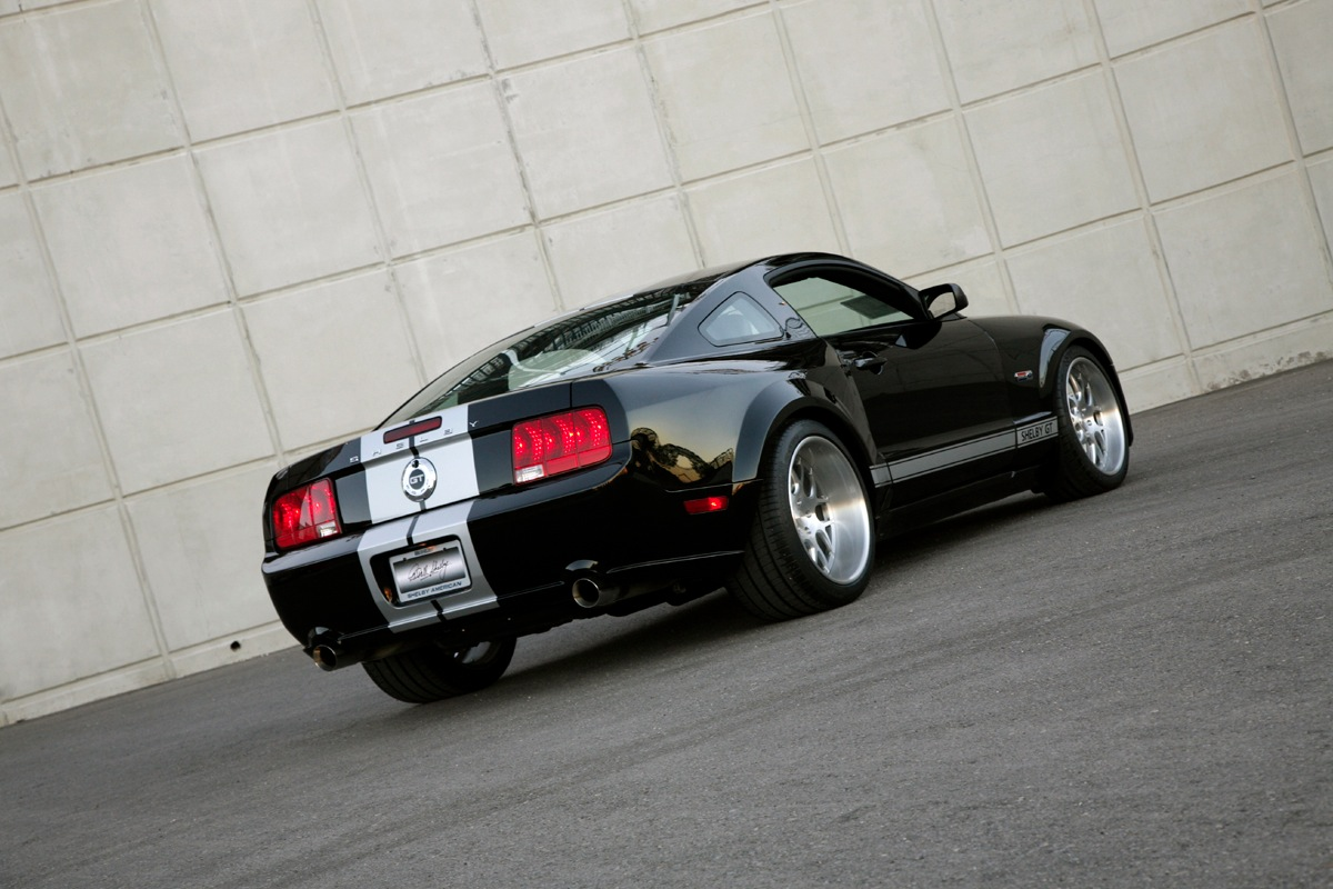 Click image for larger version  Name:widebody1.jpg Views:1565 Size:221.8 KB ID:165531
