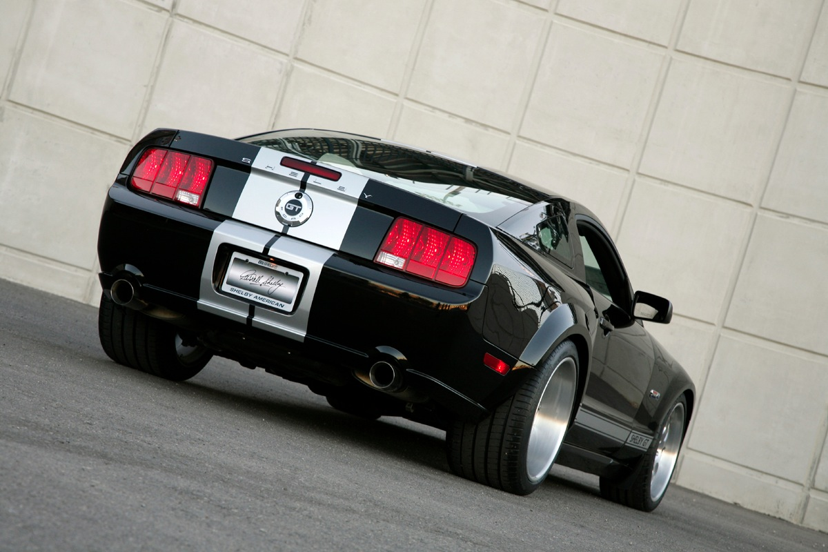 Click image for larger version  Name:widebody2.jpg Views:1514 Size:212.2 KB ID:165532