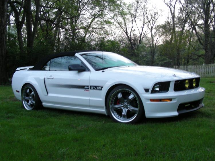 2007 Mustang GT/CS passenger side