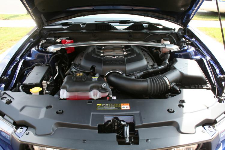 2011 Ford GT 5.0 Under the Hood