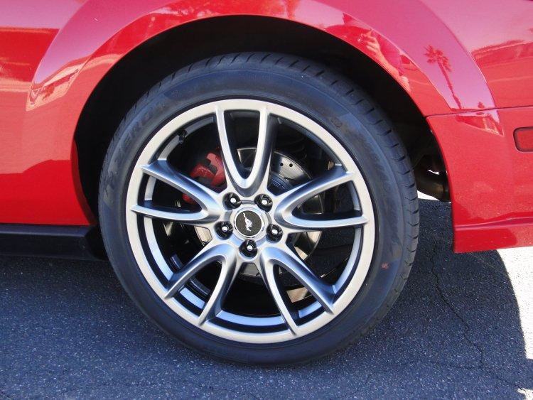 2014 Mustang GT wheels and Pirelli P-Zero 255 40 ZR19 Tires