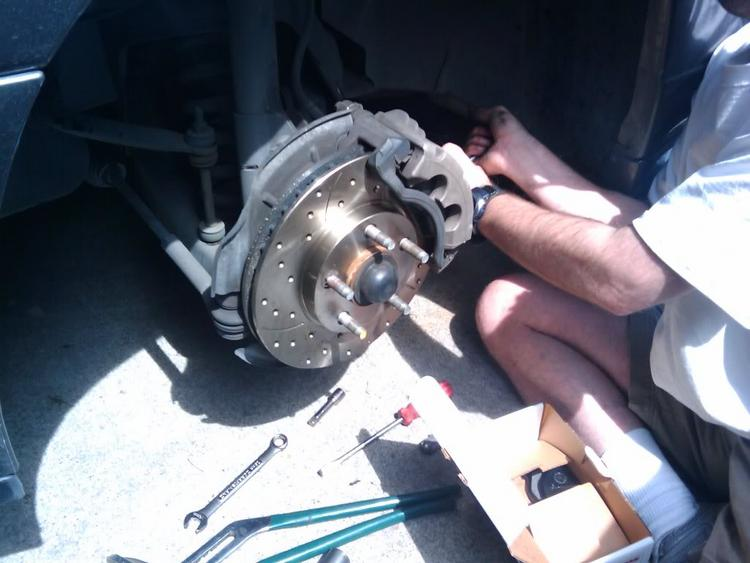Cross drilled slotted brakes
