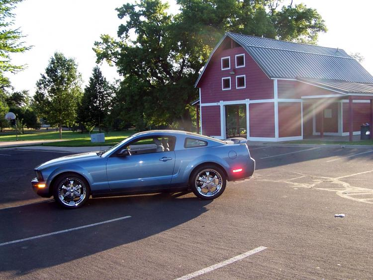 Gonzo's 06 Stang. Early AM picture. Rodger's Park Fort Collins Co 7/21/2008