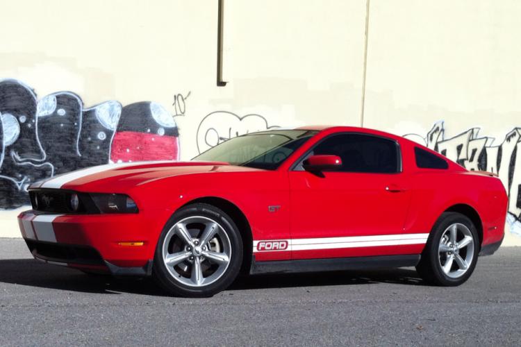 Graffiti Mustang