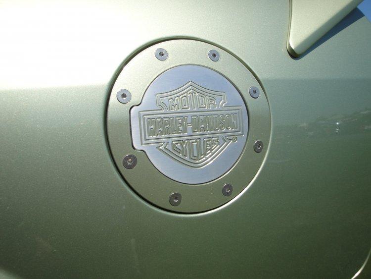 HD fuel door